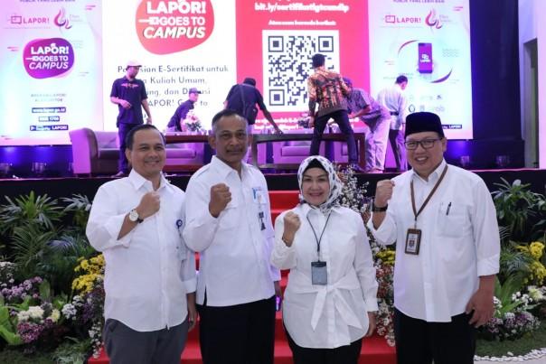 Pembukaan acara LAPOR! Goes to Campus. Bertempat di Universitas Diponegoro, Kementerian Pendayagunaan Aparatur Negara dan Reformasi Birokrasi (PANRB) mengenalkan Layanan Aspirasi dan Pengaduan Online Rakyat atau LAPOR! kepada para generasi muda.